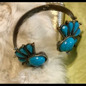 Turquoise Colored Adjustable Bracelet